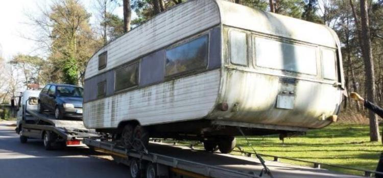 Wohnwagen Wohnmobil Entsorgung Abtransport Vermittlung